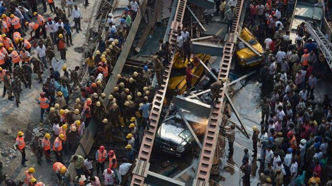 India Overpass Collapse in Kolkata Kills 15