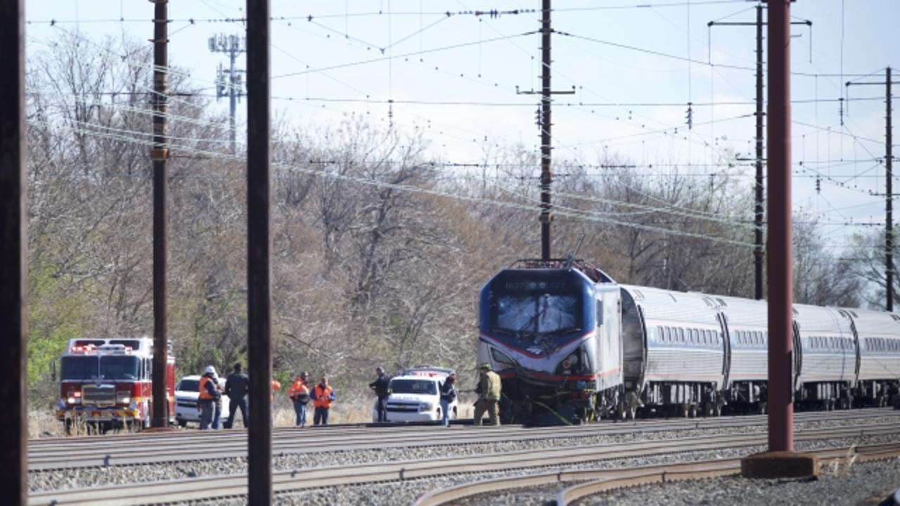 Amtrak Train Accident Leaves at Least 2 Dead