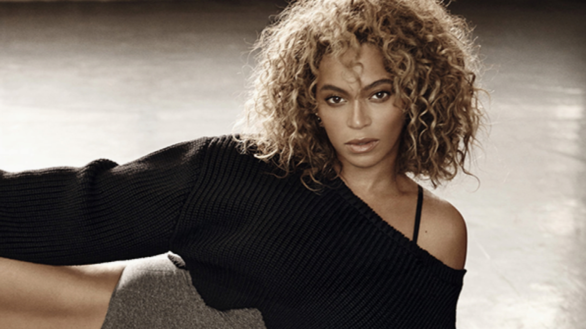 Beyonce Channels Her Inner 'Flashdance'