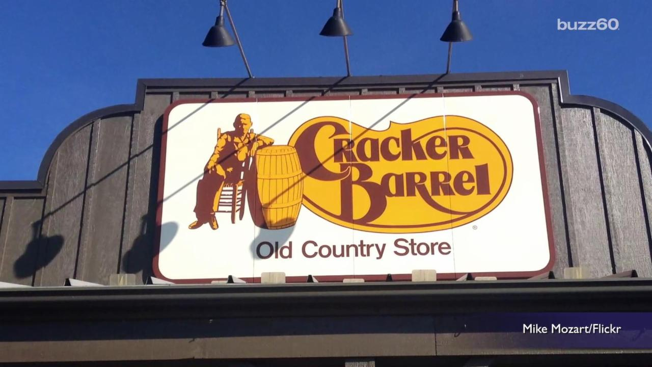 Cracker Barrel is most popular family chain restaurant