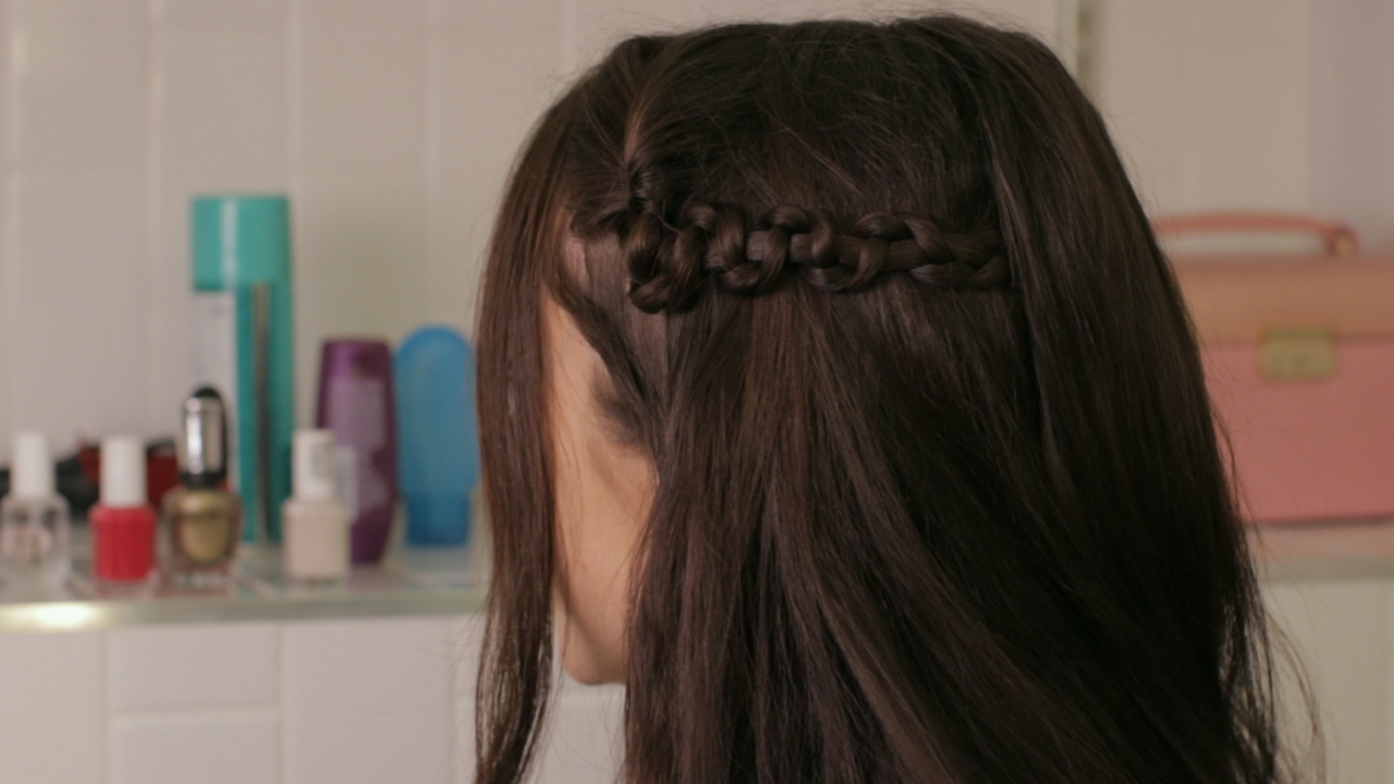 How to Make a Simple Snake Braid
