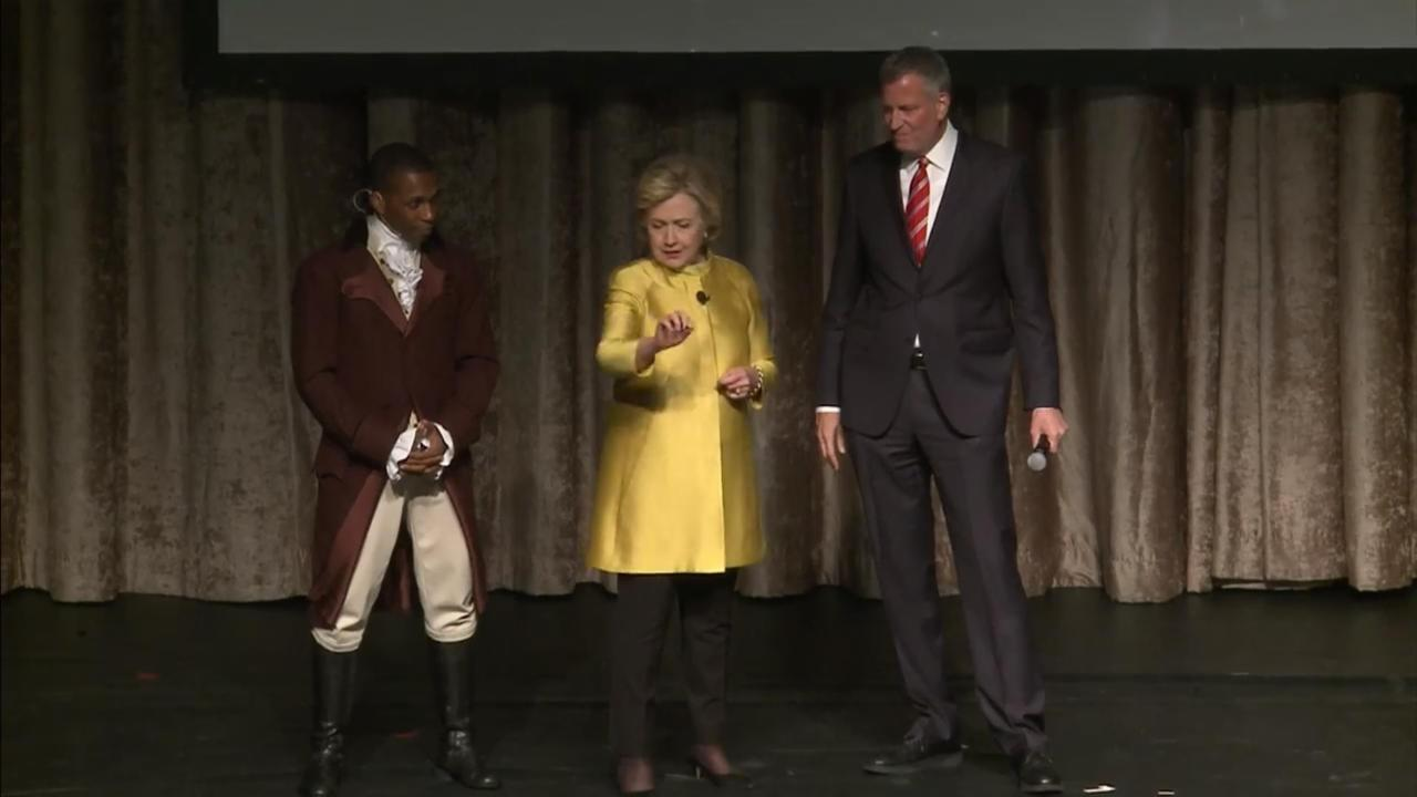 Hillary Clinton Jokes About Her Subway Struggles at Charity Dinner