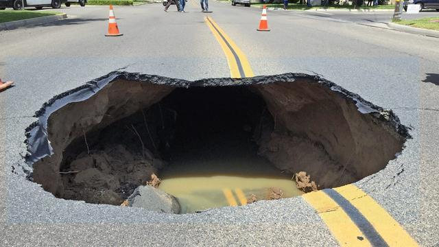 Video Captures Sinkhole As It Opened Up In California