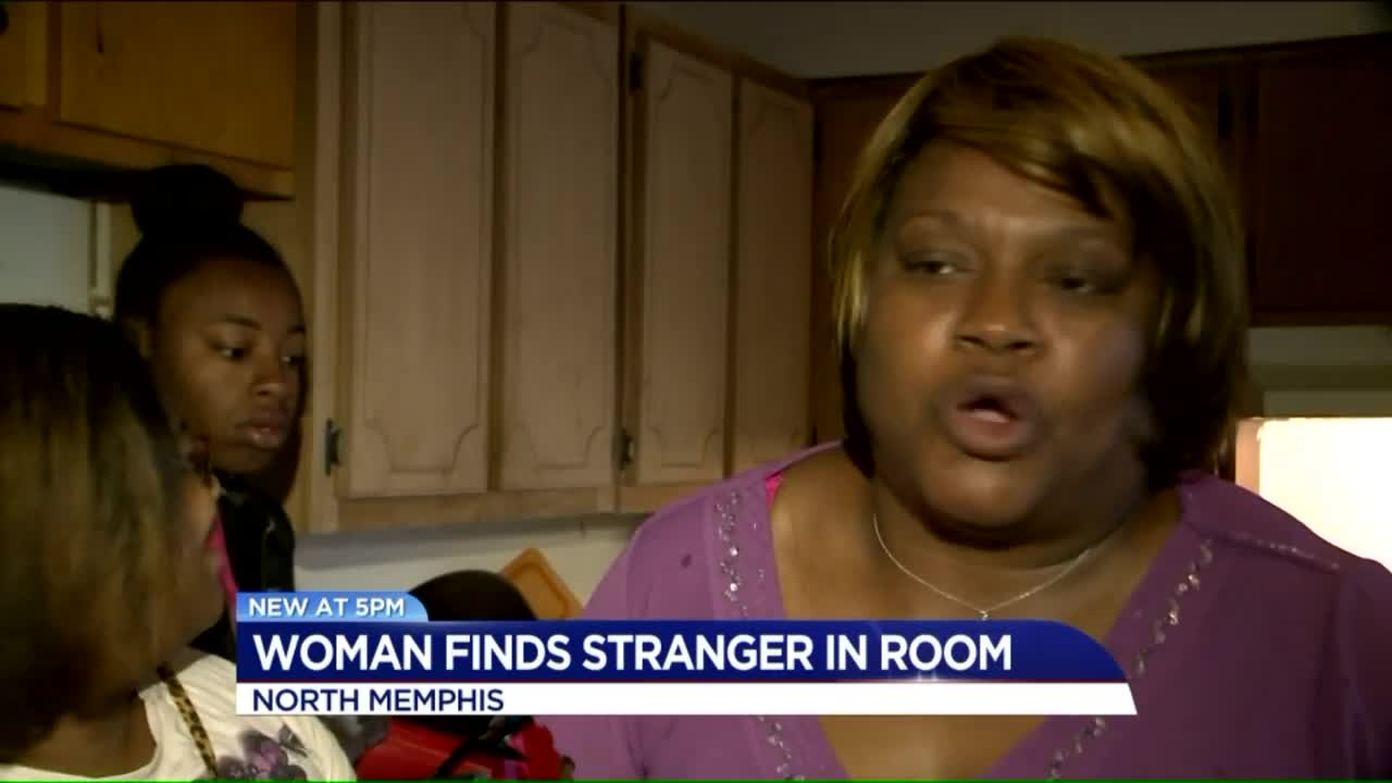 Woman Wakes Up to Intruder in Her Bed