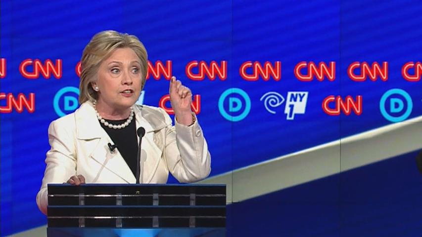 Clinton Pressed Over Wall Street Speech Transcripts