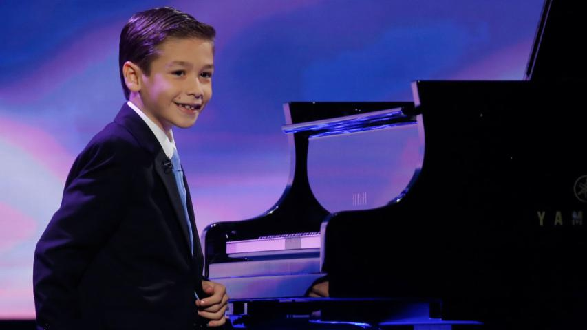 Amazing Nine-Year-Old Pianist