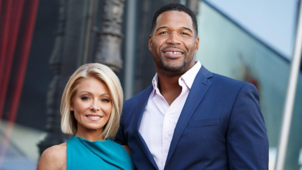 Kelly Ripa's Future on 'Live' Unclear as Michael Strahan Exits