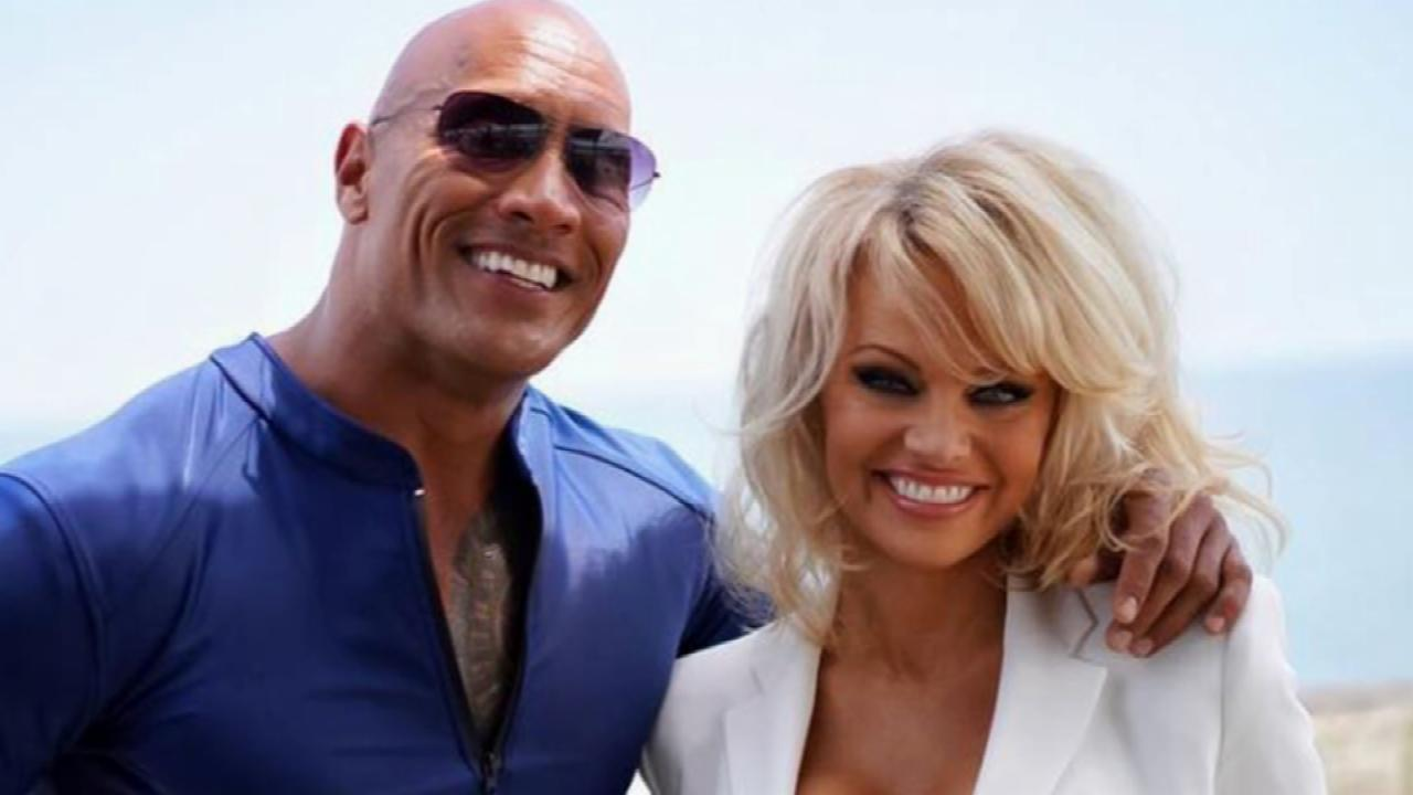 Pamela Anderson Back to the Beach for 'Baywatch' Movie