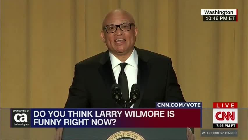 Don Lemon Gives Larry Wilmore The Middle Finger