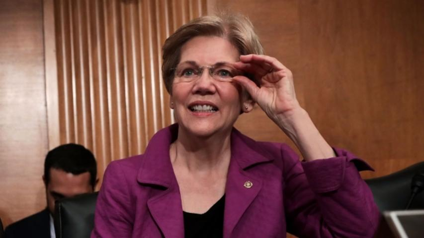 Elizabeth Warren Blasts Donald Trump During Angry Twitter Rant