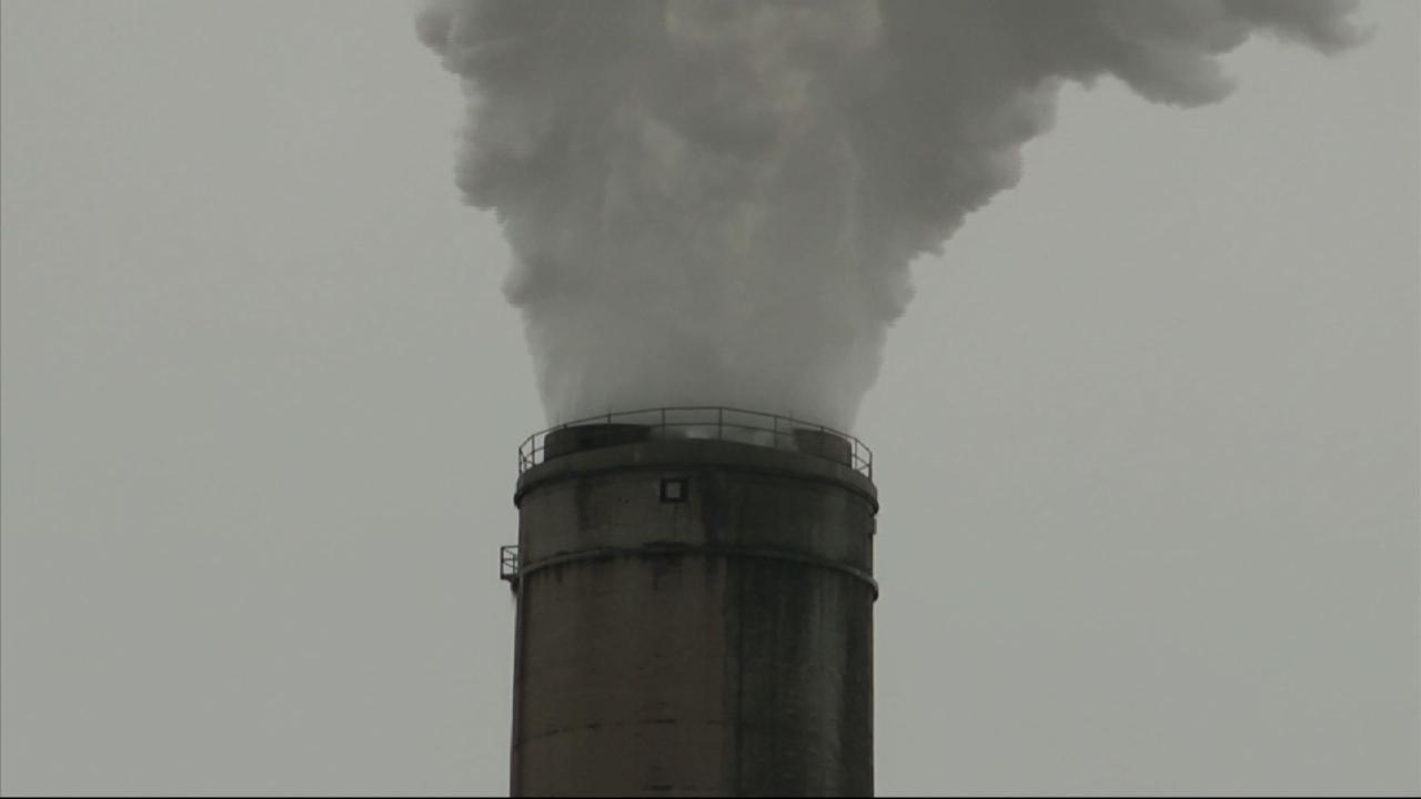 GOP Defends Coal as Renewable Energy Surges