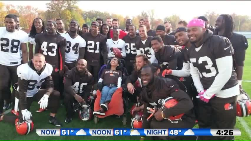 NFL Player Takes Teen With Special Needs to Prom