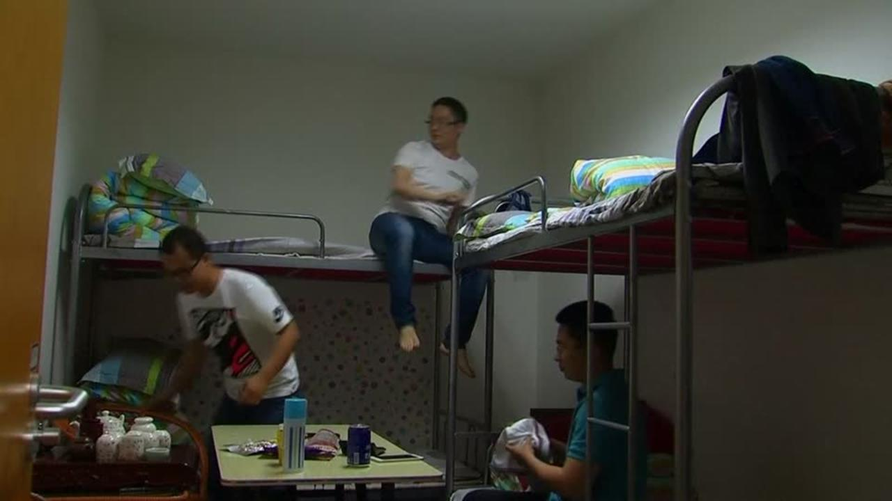 China tech startups offer beds for workers