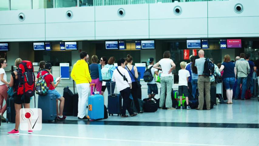 Airlines Want Fliers to Complain About Long Security Lines