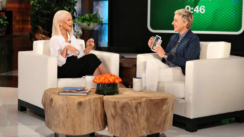 Christina Aguilera Jokes About Hillary Clinton Supporting Her 'Girls'