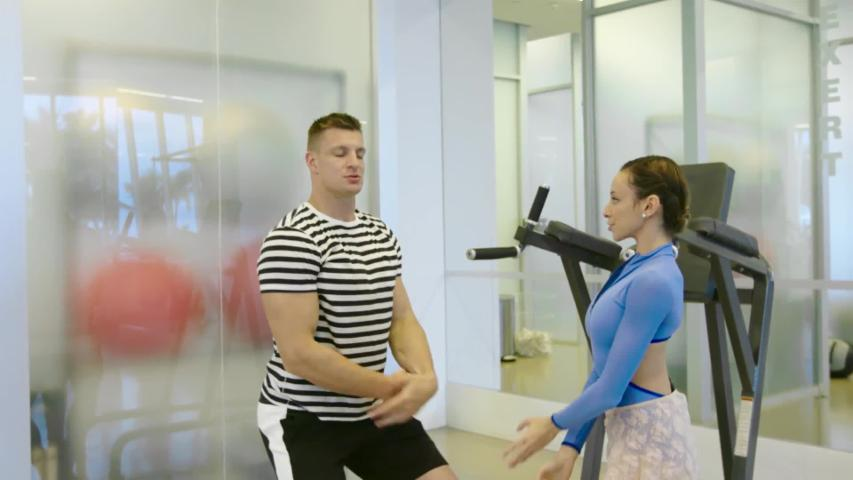 Gronk Takes Ballet Lessons from a Real-Life Ballerina