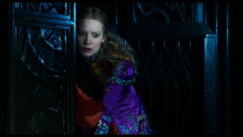 'Alice Through the Looking Glass' (2016) Return to Underland Featurette