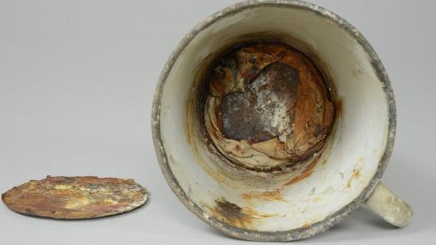 Auschwitz Museum Discovers Double Bottom Cup With A Ring Hidden Inside