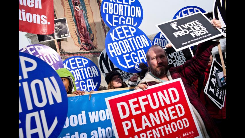 Oklahoma Lawmakers OK Bill Criminalizing Performing Abortion