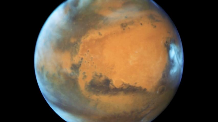 Mars Hasn't Been This Close to Earth in Over a Decade