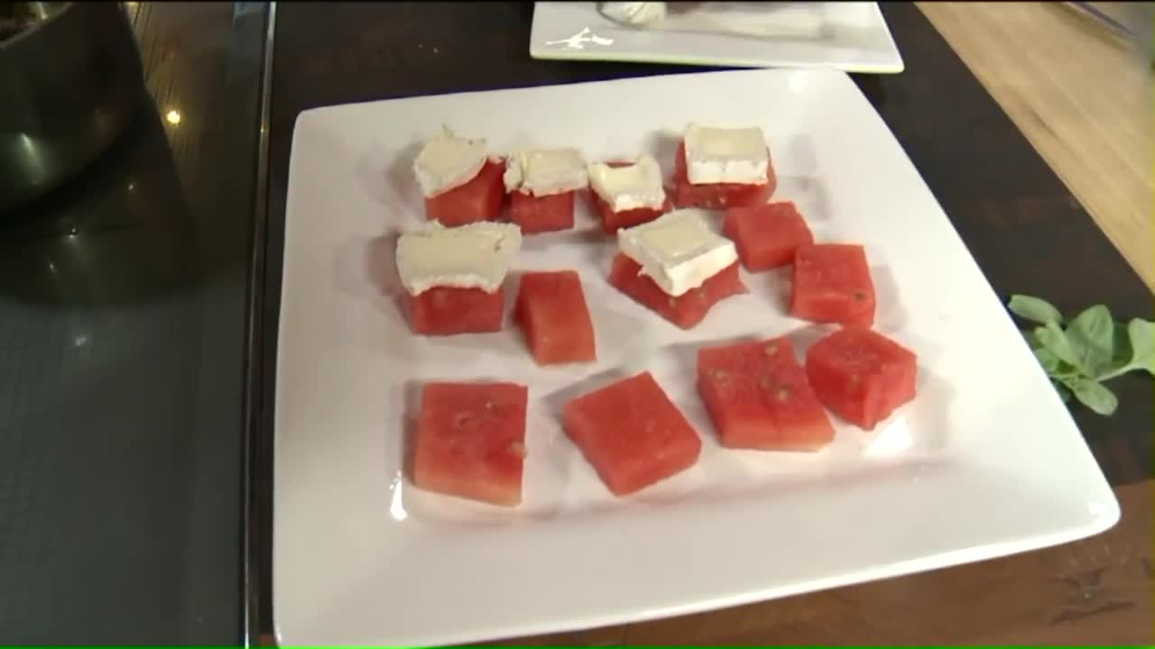 How to Make Watermelon and Brie Bites With Balsamic Glaze