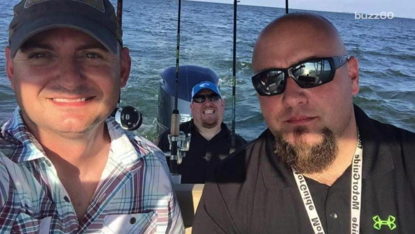 Newest Optical Illusion Has People Wondering How Many Guys are on This Boat