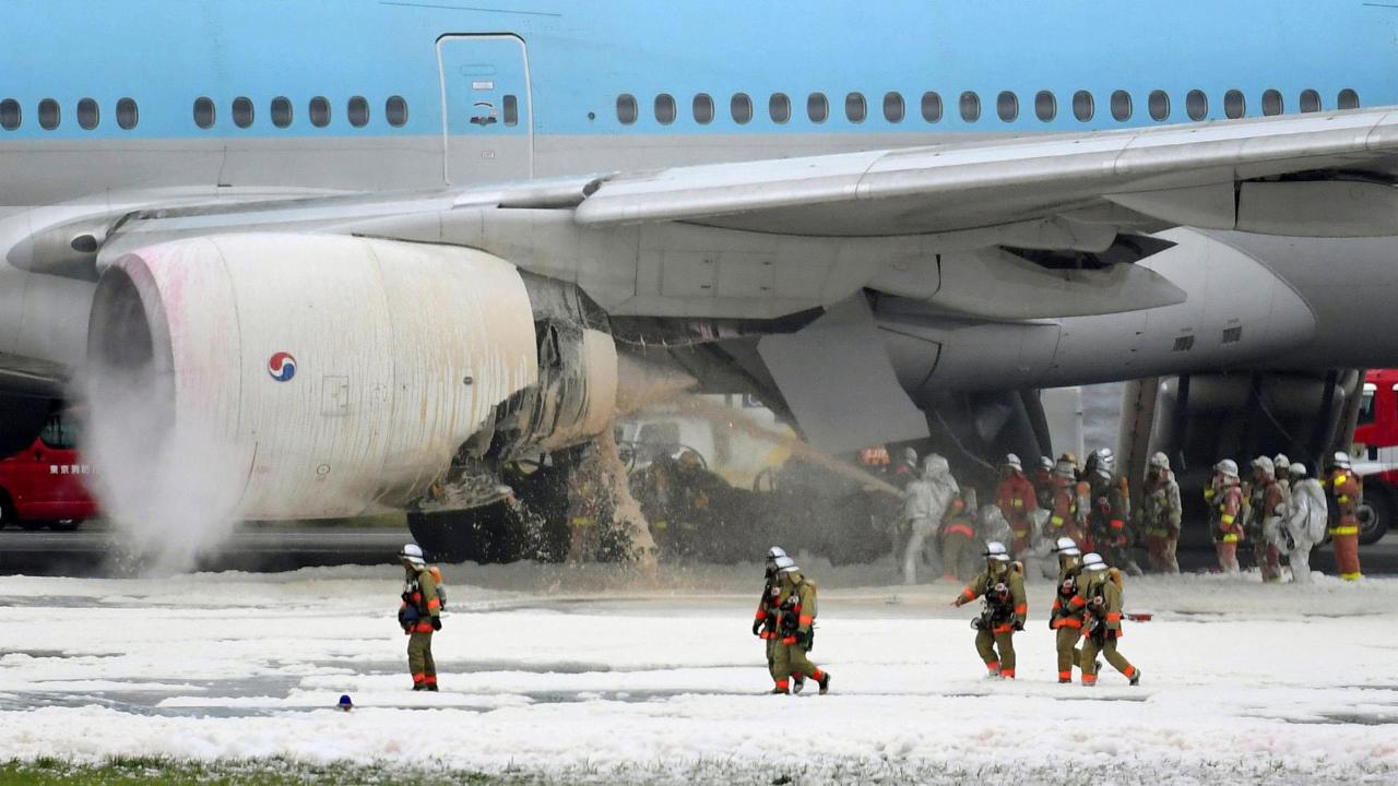 Passengers, Crew Evacuated From Korean Air Jet After Engine Fire