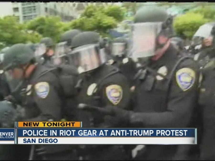 Police clash with anti-Trump protesters in San Diego, Calif.