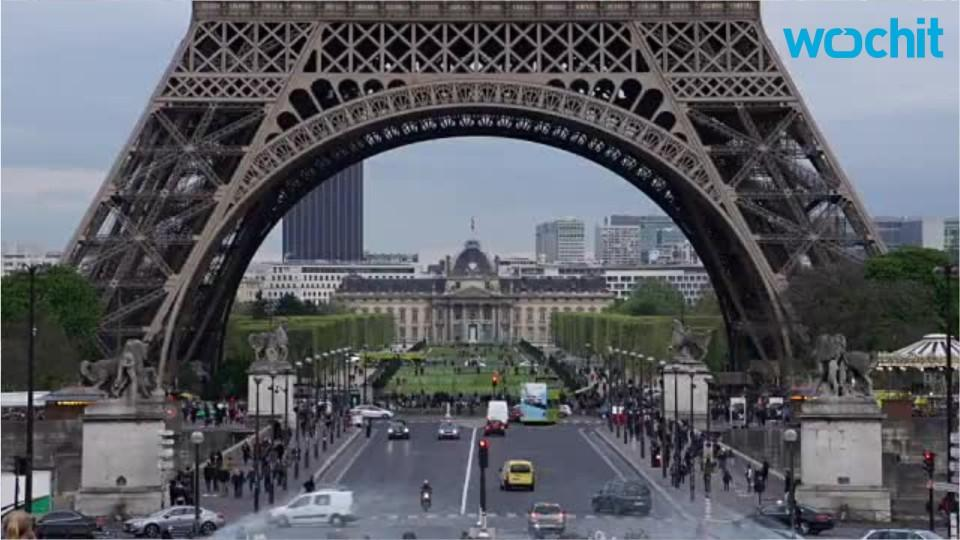 Paris Strikes Hurts Tourism