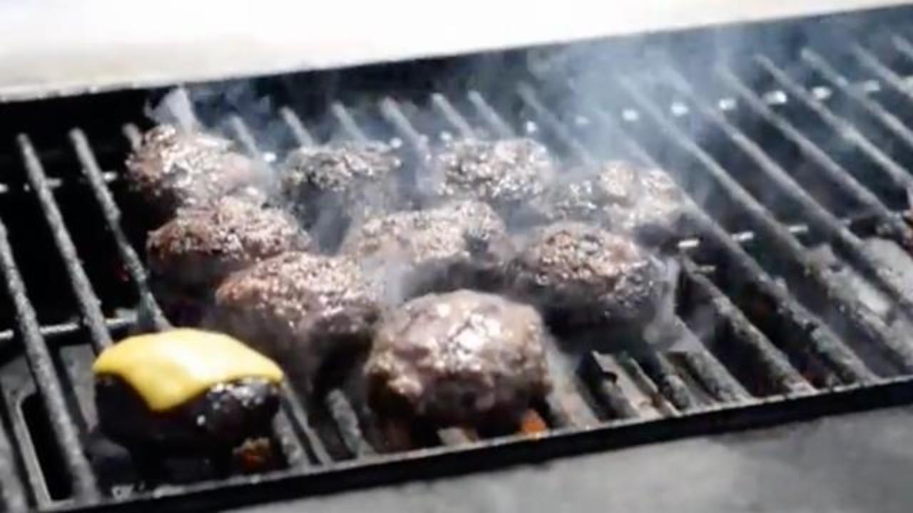 Study Highlights Dangers Of Using Wire-Bristle Grill Brushes