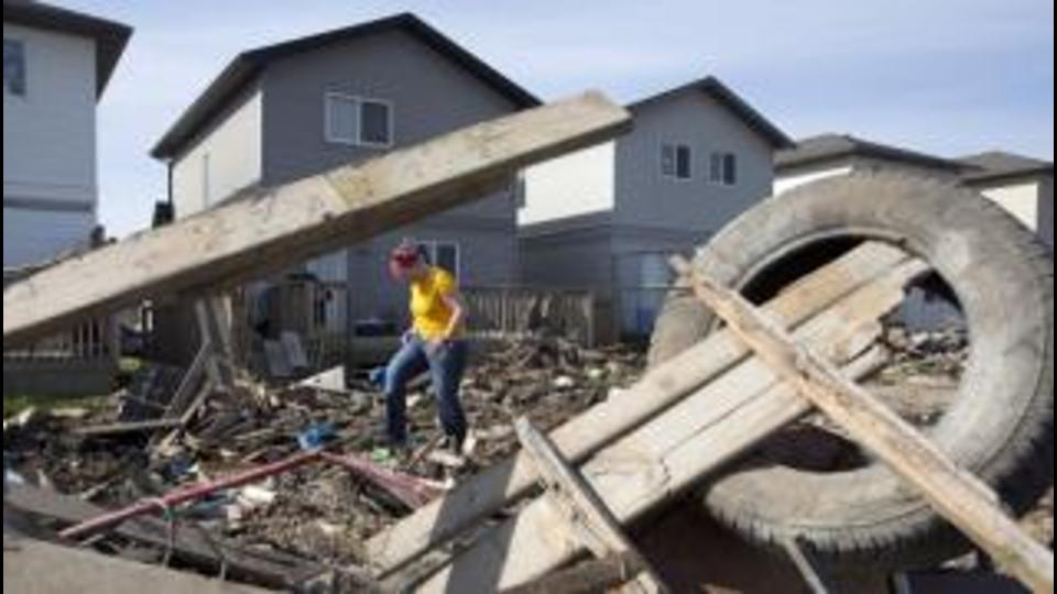 Surveying the damage in Fort McMurray's Timberlea neighbourhood