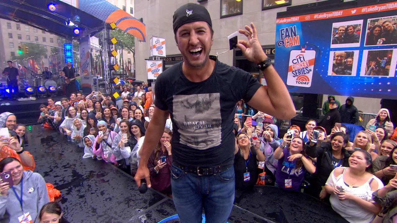 Oops! Luke Bryan performs concert with tags on his shirt