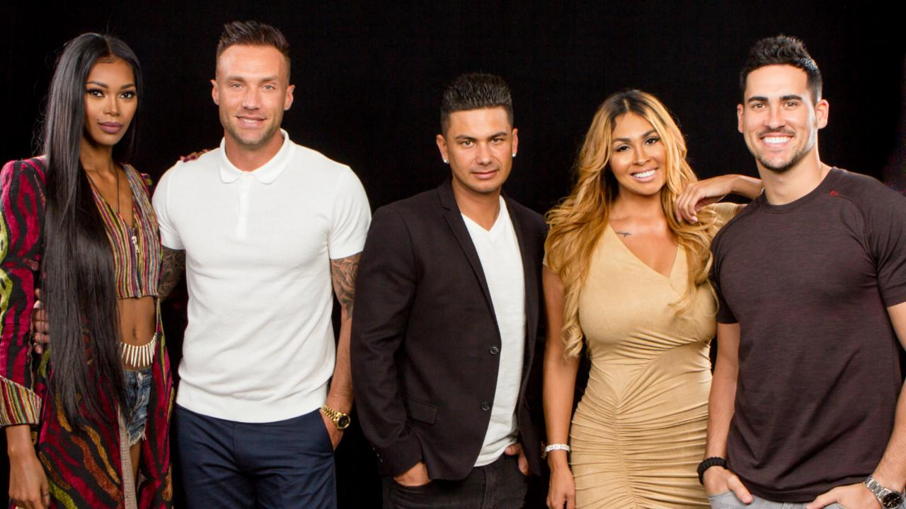 "Pauly D, Jessica White, Somaya Reece, Calum Best & Josh Murray On ""Famously Single"""