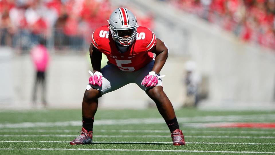 Ohio State Female Fan Levels LB Raekwon Mcmillan