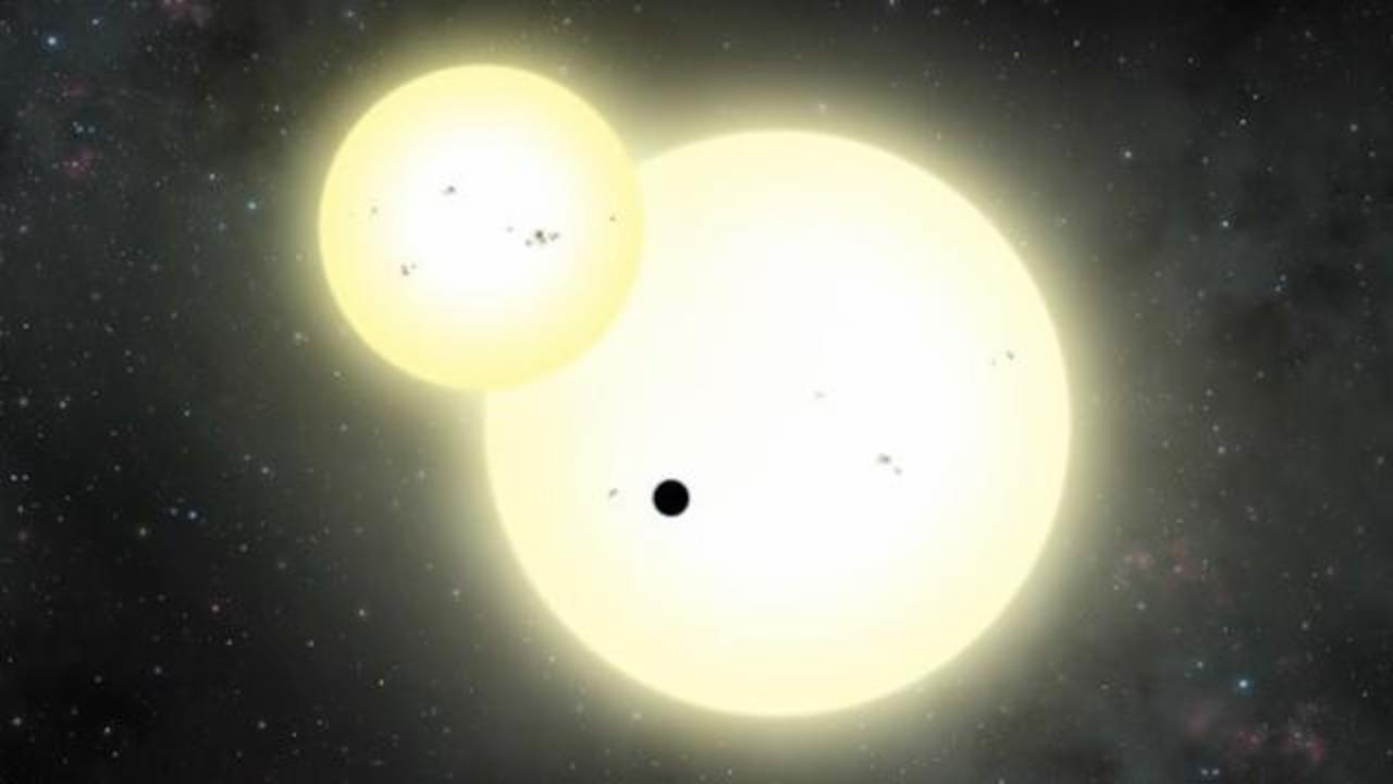 Astronomers Find Largest Known Planet To Orbit Two Suns