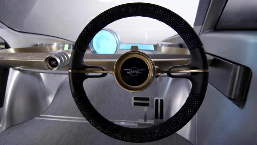 The MINI Vision Next 100 Interior Design - Automaker Footage
