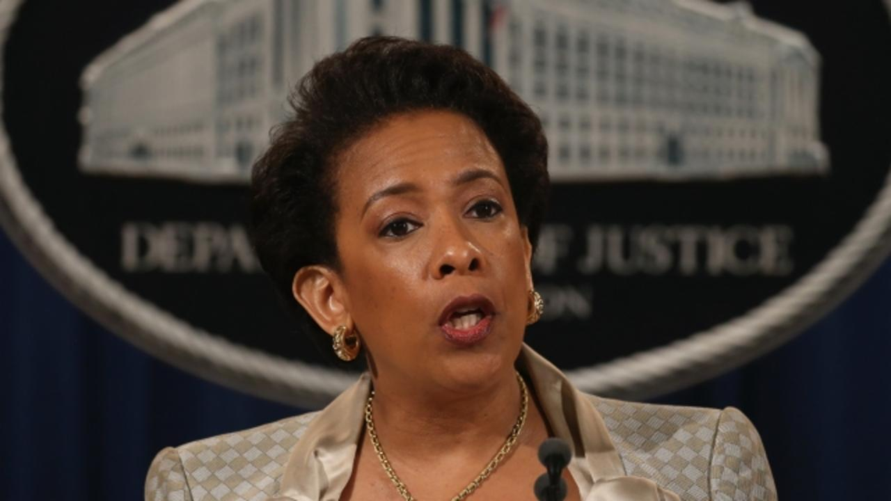 Loretta Lynch Promises to Be Impartial in Clinton Email Probe