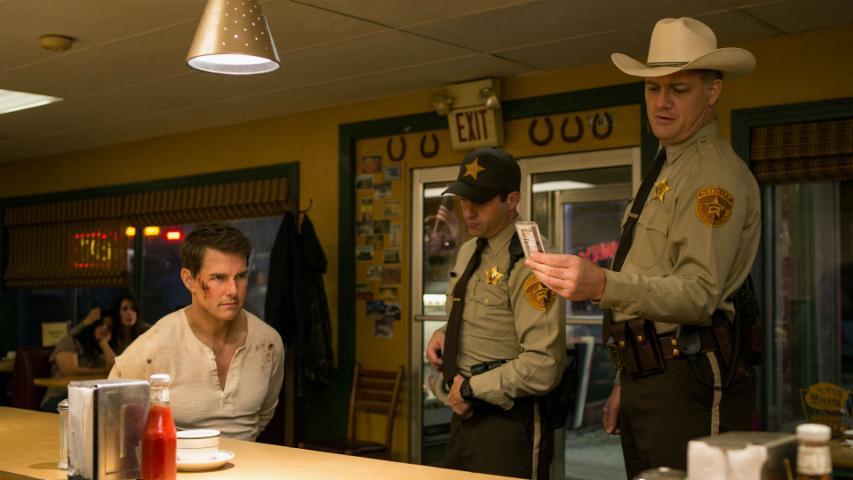 'Jack Reacher: Never Go Back' (2016) Trailer