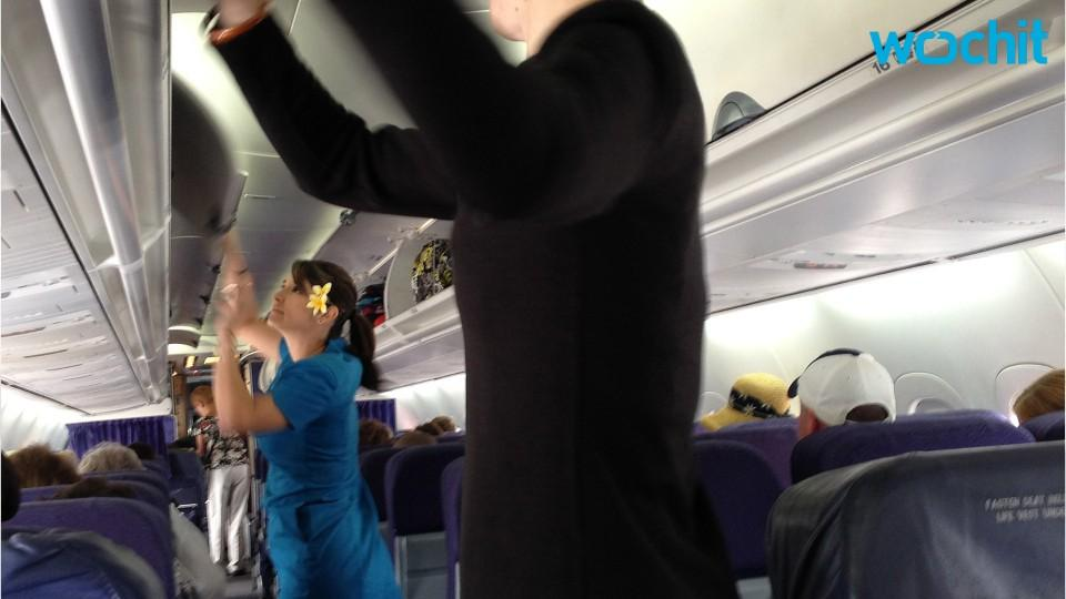 Man Allegedly Tried To Kiss Girl On Flight