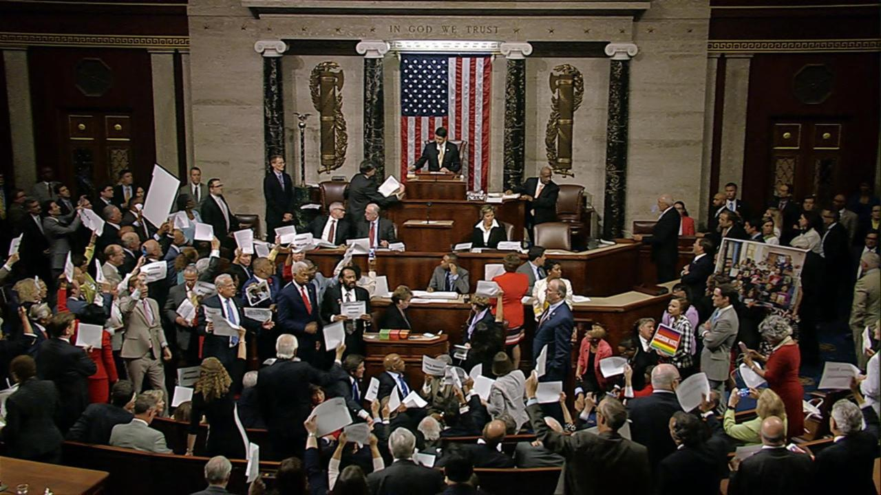 Representatives Chant as House Returns for Vote
