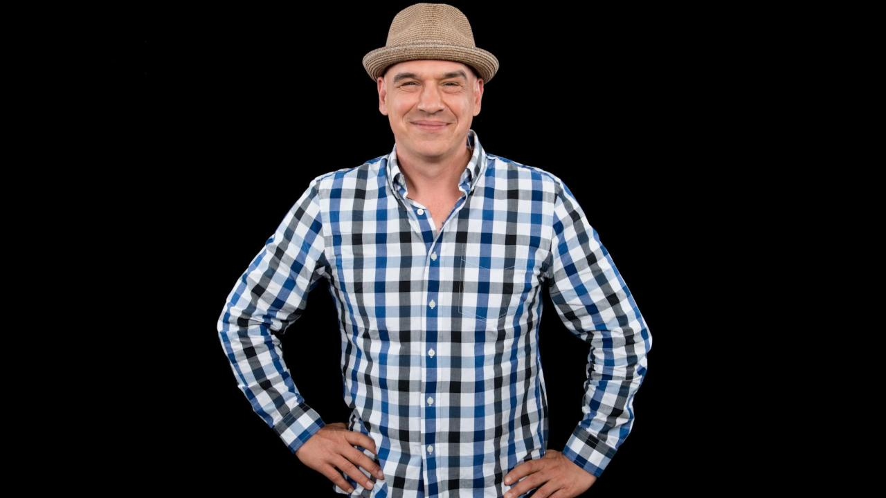 "Michael Symon On ""Tea-Centric Cooking"""