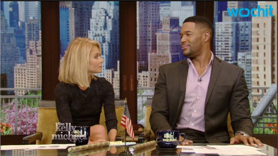 Michael Strahan Doesn't Miss LIVE