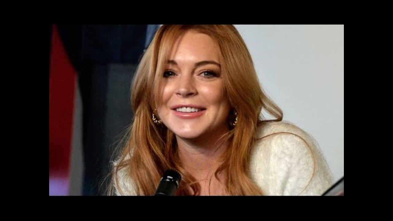Lindsay Lohan Goes Off on Brexit