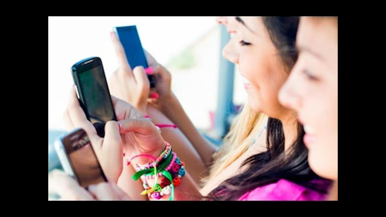 FOMO Fueling Teen Social Media Addiction