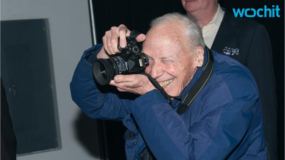 World Says Goodbye To Photography Icon
