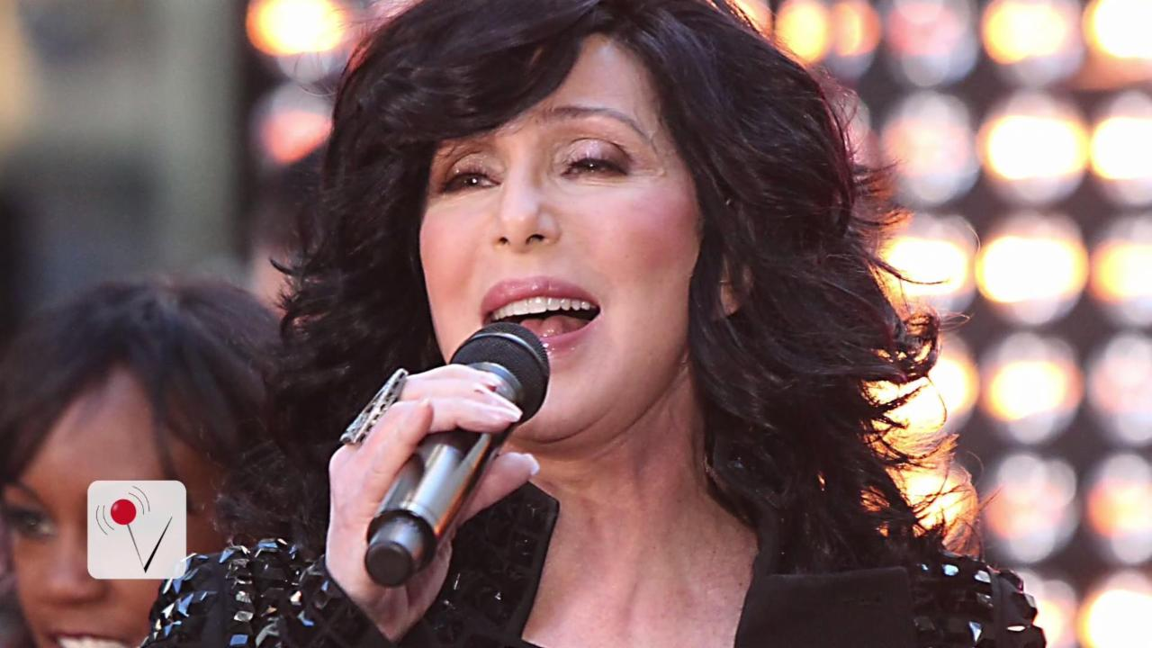 Cher Blasted for 'Insensitive' Tweet Following Turkish Airport Attack