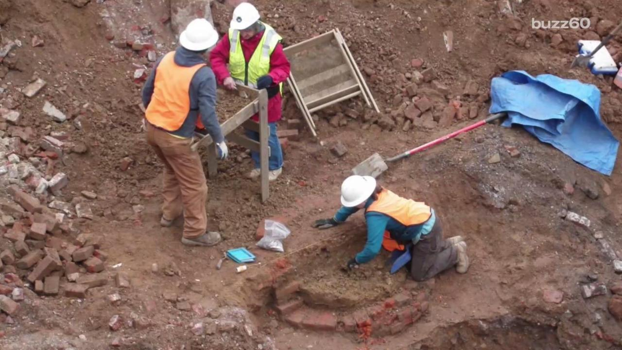 Artifacts from Revolutionary War Discovered in Philadelphia Toilets