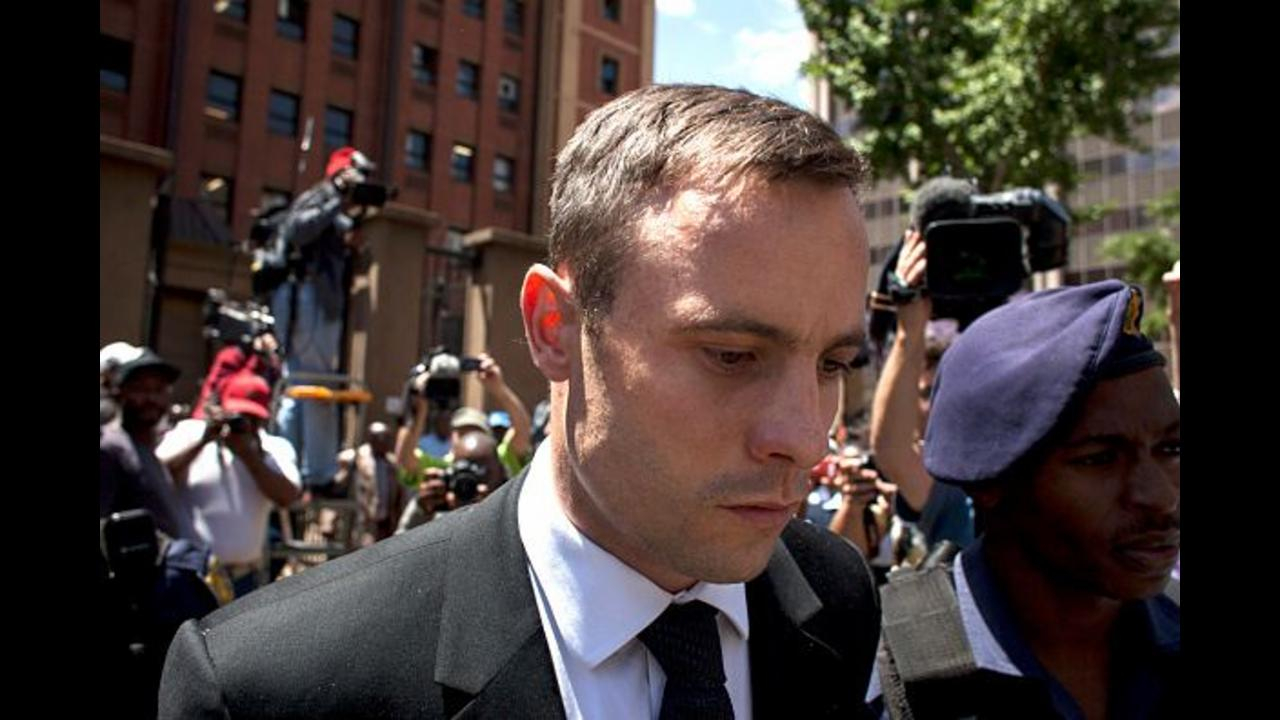 Breaking: Oscar Pistorius Sentenced to Six Years for his girlfriend's murder