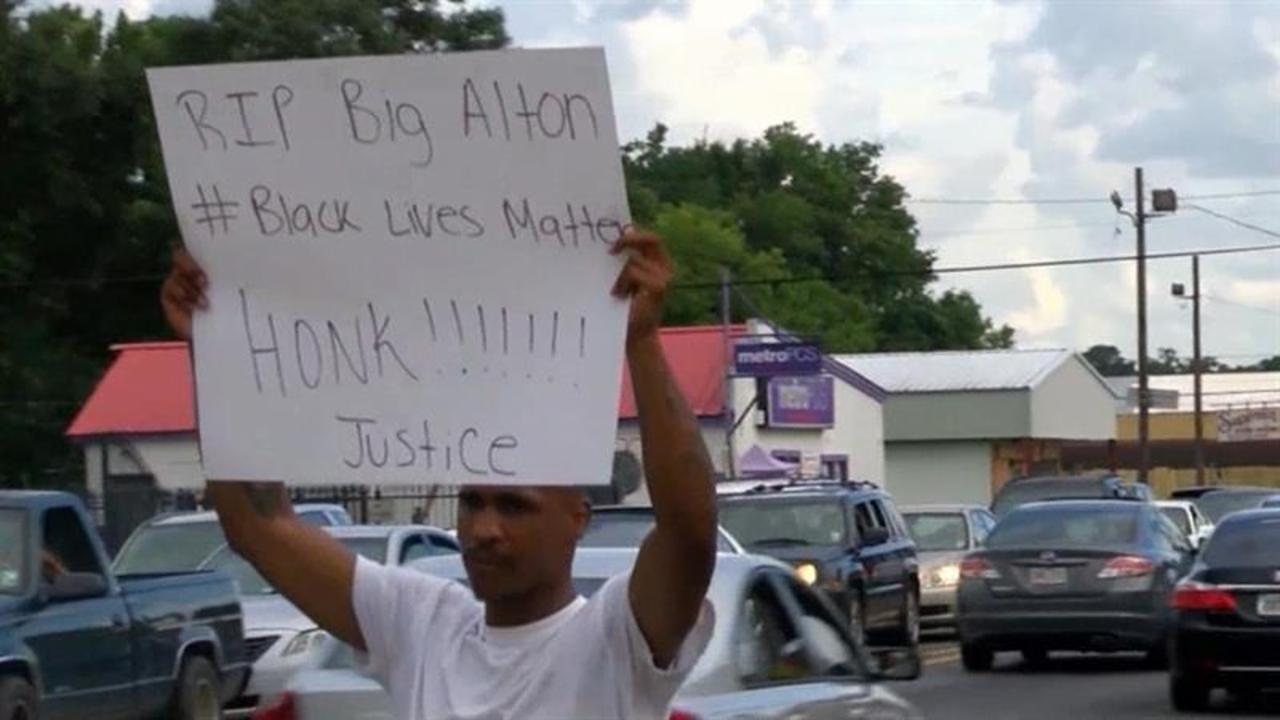 Protesters Take to Streets After Alton Sterling Shooting