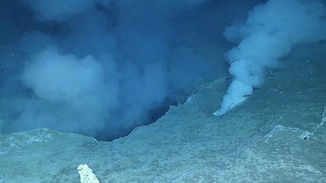 Deep Sea Explorers Spot Underwater Volcanic Activity